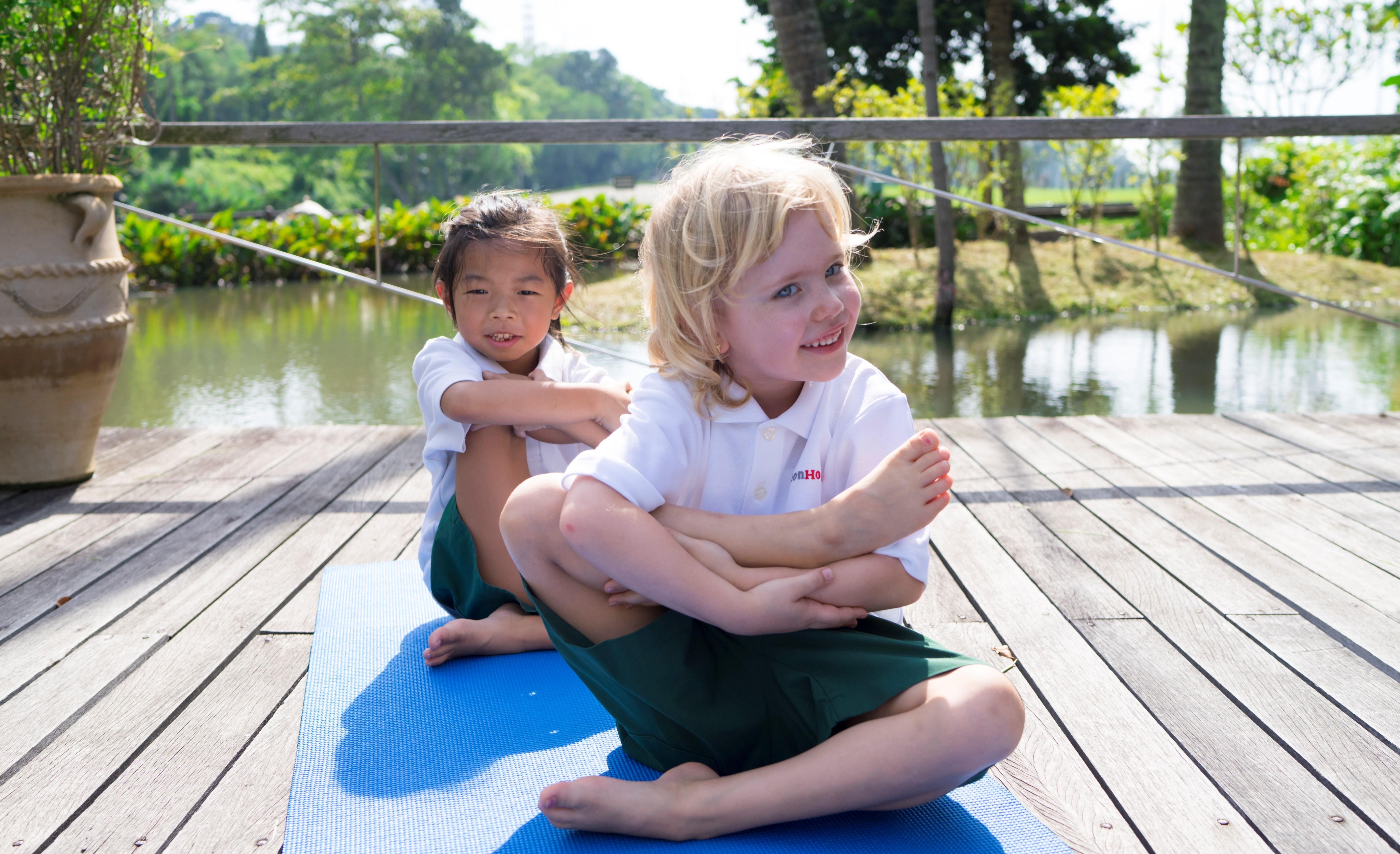 yoga outdoors - sentosa 3 (1)1-1